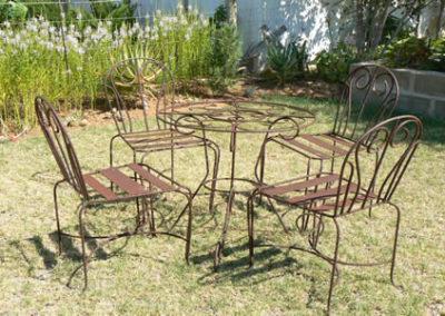 Steel garden set